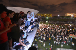 Susto y esperanza: millones de jóvenes protestan en las calles de Brasil