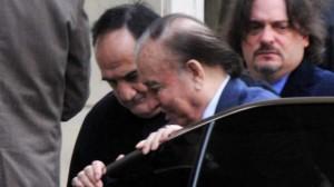 Ex-presidente Menem é condenado a sete anos de prisão por tráfico de armas