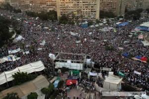 Mohamed Mursi no renuncia y le ofrece a la oposición un gobierno de unidad nacional