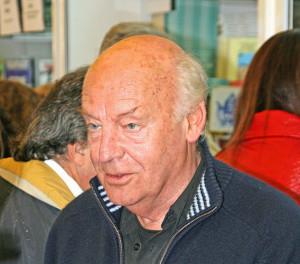 Universidade boliviana condecora Eduardo Galeano