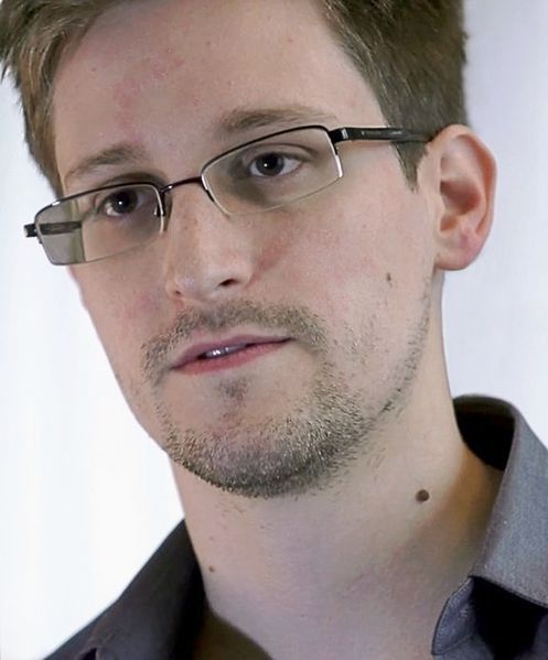 Catedrático sueco nomina a Snowden para Premio Nobel de la Paz