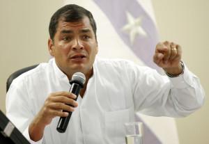 Llama presidente de Ecuador a crear nuevo orden mundial