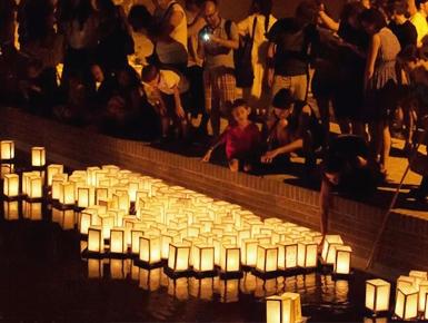 Il Sole di Hiroshima. Cerimonia delle lanterne galleggianti