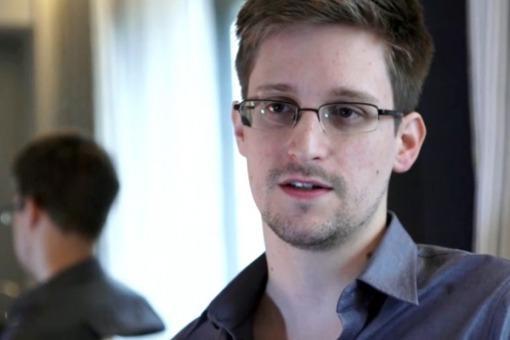 Rusia autorizó al Snowden a ingresar formalmente al país