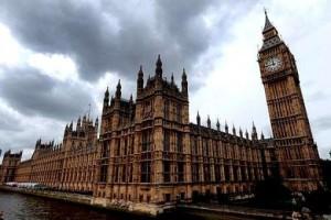 El parlamento británico rechazó un ataque a Siria pese a la opinión de Cameron
