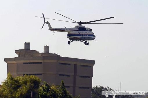 Hosni Mubarak dejó la cárcel en helicóptero y cumplirá prisión domiciliaria en un hospital militar