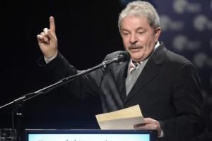 «Millones salieron de la pobreza pero los bancos también se enriquecieron», aseguró Lula