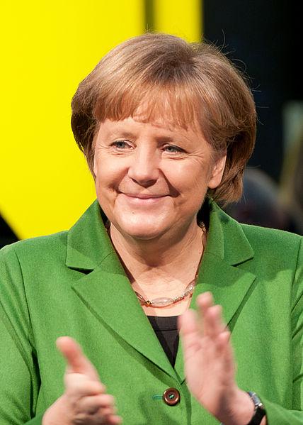Merkel apuntó en su cierre de campaña a los indecisos y defendió la unidad europea