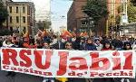 Jabil: gli operai rioccupano la fabbrica. Solidarietà!