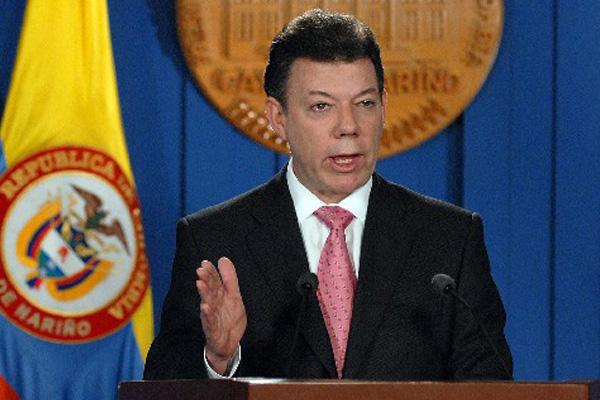 Los partidos colombianos pidieron a Santos la renuncia de 16 ministros