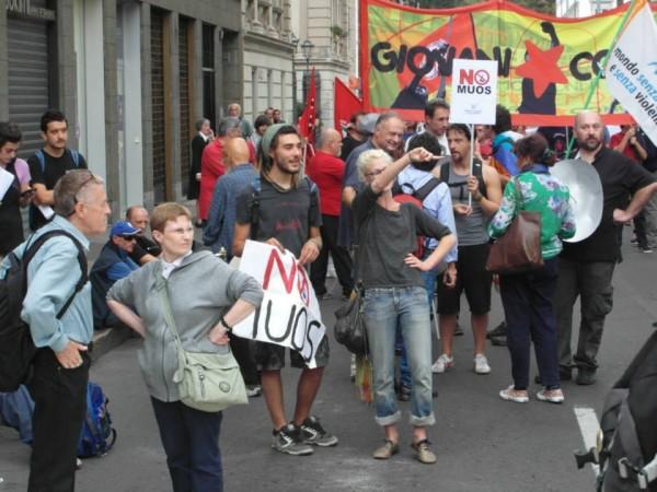 Sabato 28 settembre 2013, presidio No Muos a Milano