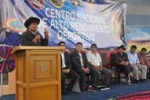 Morales inaugura Centro de Alto Rendimiento en Huarina y anuncia creación de Ministerio del Deporte
