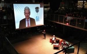 'Os EUA invadiram o Brasil', diz Julian Assange sobre escândalo de espionagem