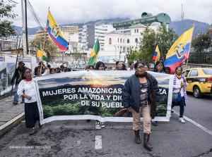 Mujeres amazónicas a la espera de que la asamblea se pronuncie