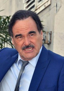 Oliver Stone visits Hiroshima and Nagasaki, stresses ideal of nuclear abolition