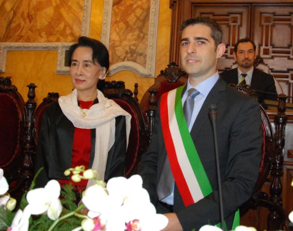 Aung San Suu Kyi, cittadina onoraria di Parma