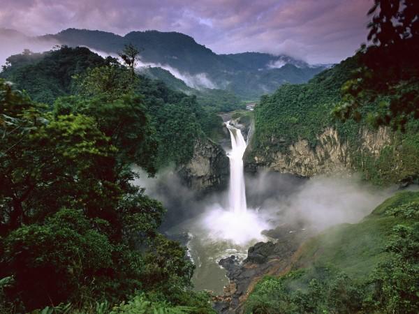 El parlamento ecuatoriano aprobó la extracción de petróleo en el Parque Nacional Yasuní, pedida por Correa