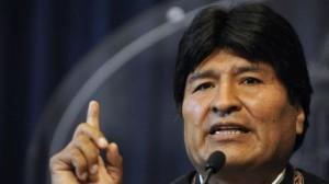 Evo Morales chama a nacionalizar leis bolivianas