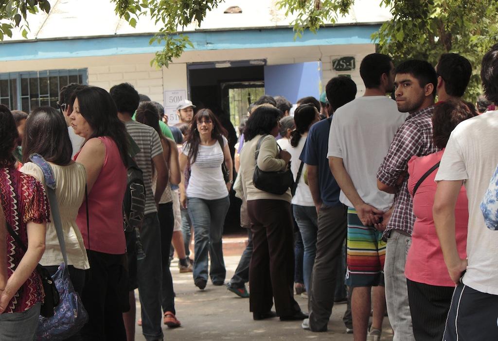 fila votantes