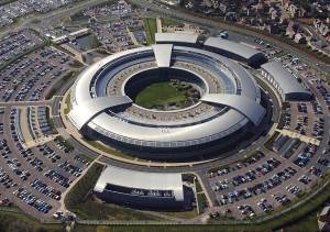 Amnesty International porte plainte contre le Royaume-Uni pour surveillance