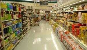Supermarchés : comment l'industrie alimentaire entretient l'illusion du libre choix
