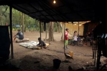 Índios guaranis ocupam área e criam aldeia em São Bernardo