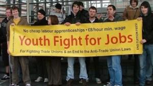 Il Regno Unito affronta la disoccupazione giovanile più alta degli ultimi decenni
