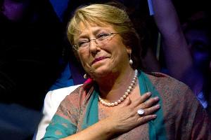 Bachelet en la encrucijada: Trabajadores o Empresariado