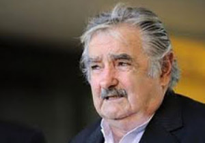 Uruguay: Mujica rechaza bloqueo a Cuba e intentos de sancionar a Venezuela