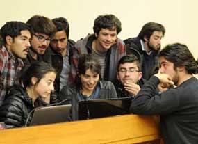 Jóvenes chilenos saldrán a la calle para impulsar reforma educativa