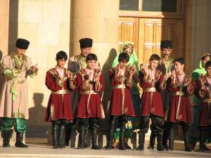El pueblo de Azerbaiyán festeja con gran orgullo el Día de la República