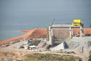 Setor elétrico no Brasil: crise recorrente