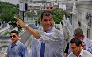 Presidente Correa mantiene aprobación del 61% para las próximas elecciones