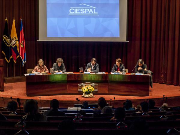 Geopolítica de la comunicación e integración regional: retos y perspectivas.