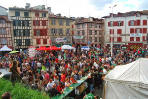 Alternatiba : la dynamique prometteuse des villages des alternatives