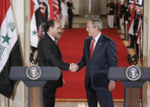 Iraque: Al-Maliki desiste de governar, conflito armado se intensifica