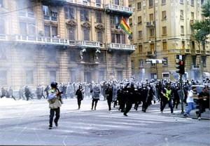 Sospensione dei poliziotti condannati per i fatti di Genova 2001, un'altra pagina nera delle nostre istituzioni