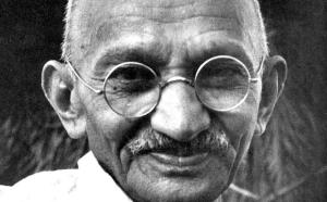 Riportare a casa i marò nel nome di Gandhi?