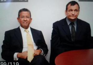 Expresidente salvadoreño vinculado a graves casos de corrupción se entrega a autoridades