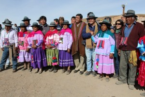 Bienes Nacionales entrega a comunidades atacameñas concesión de uso gratuito de Geysers del Tatio