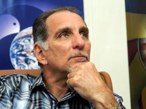 Cuba: Nunca renunciaremos a denunciar a injustiça, afirma René González um dos Cinco