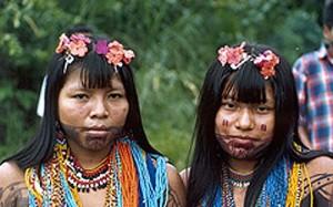 Indígenas recuperan territorios en Colombia