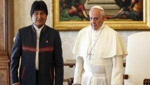 Morales llega a Roma para participar en Encuentro Mundial de Movimientos Populares