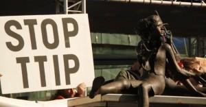 Publication du mandat du TAFTA : la Commission européenne poursuit sa parodie de démocratie !
