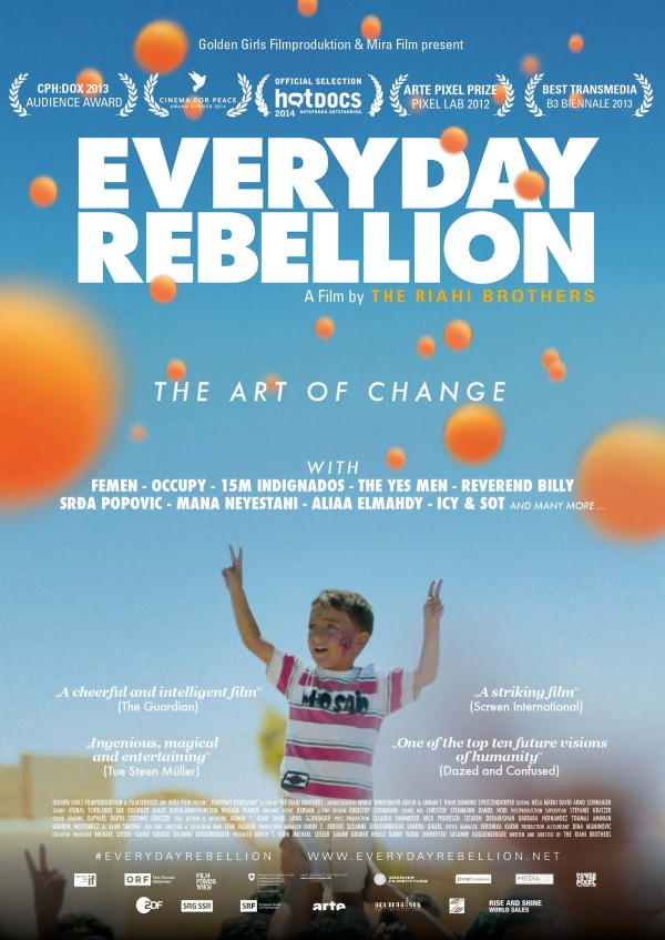 "La forza creativa della nonviolenza: intervista ai registi di ""Everyday Rebellion"""