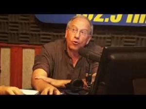 Tiempo de Tomas con dos entrevistados en el estudio radial