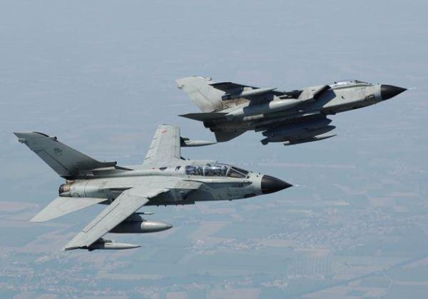 L'Italia invia 4 cacciabombardieri Tornado per la Guerra all'Isis