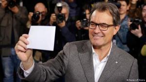 Jueces catalanes se negaron a paralizar la consulta simbólica