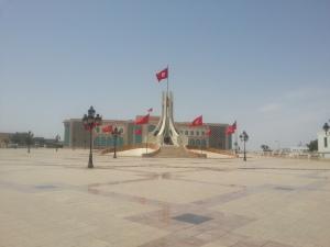 Tunisia: ballottaggio tra Essebsi e Marzouki