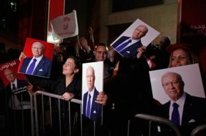 Tunisia: la primavera araba si chiude dov'era nata